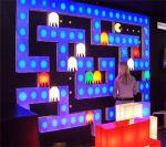 Duvarda Pac-Man oynama zevki