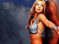 Çıplak Britney ve Shakira yerine trojan