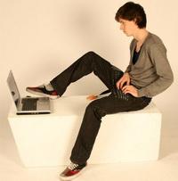 Klavye tasarımı pantolonla birleşirse…