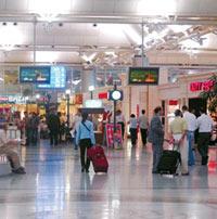 Cep telefonları uçak yolcularını ifşa edecek