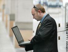 ABD sınırında laptop'lara el koyulabiliyor!