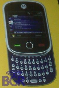 HSDPA ve 8 Megapiksel: Motorola Alexander