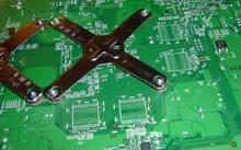 Xbox 360 60 GB: RAM'ler ve güç kaynağı yeni