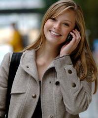 Cep telefonu ile 'mobil ödeme' yaygınlaşıyor