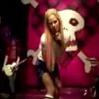 Avril Lavigne YouTube'un yeni yıldızı!