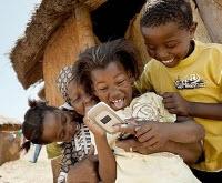 Afrika'da cep telefonu patlaması yaşanıyor