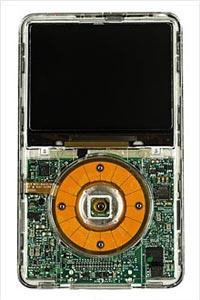 Apple'dan umudu kesti, iPod'u kendisi geliştirdi!