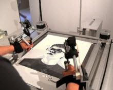 Bu cihazla kendi portrenizi çizebilirsiniz!