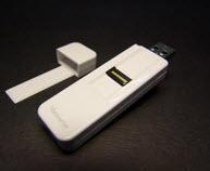 Hem USB belleki hem parmak izi okuyucu...