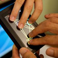 10 parmak klavye yerine 10 parmak dokunmatik!