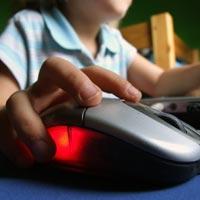 Çin'de internet bağımlıları zor durumda