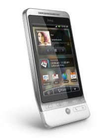 3.2 inç HVGA ekran ve HTC Sense