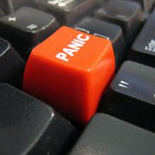 """Facebook'a """"Panik tuşu"""" mu ekleniyor?"""