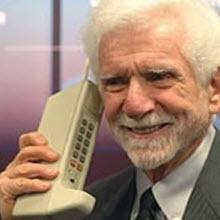"""Cep telefonlarının tarihi: """"Nereden nereye..."""""""