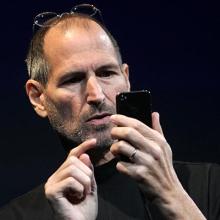 Ünlü isim Steve Jobs'a fena patladı!