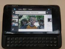 N900 MeeGo kullanacak!