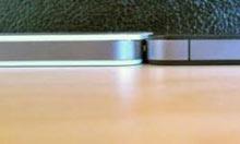 Beyaz iPhone 4 biraz daha kalın!