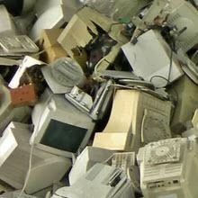 Eski elektronik cihazlar neden sararıyor?