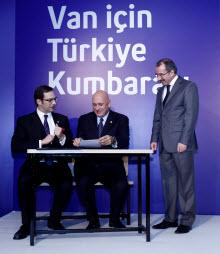 Van için eğitim seferberliği Turkcell'den!