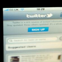 Seksi bırak, Twitter'a bak!