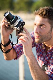 Makro çekim de yapabilen fotoğraf makinesi