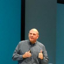 """Steve Ballmer: """"Apple düşük hacimli oyuncu"""""""