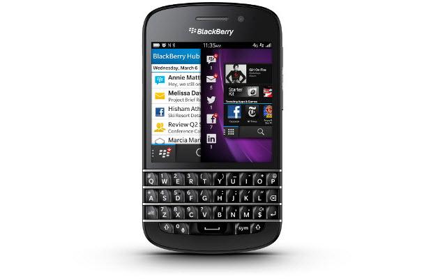 Fiziksel klavyeli BlackBerry Q10'da neler var?