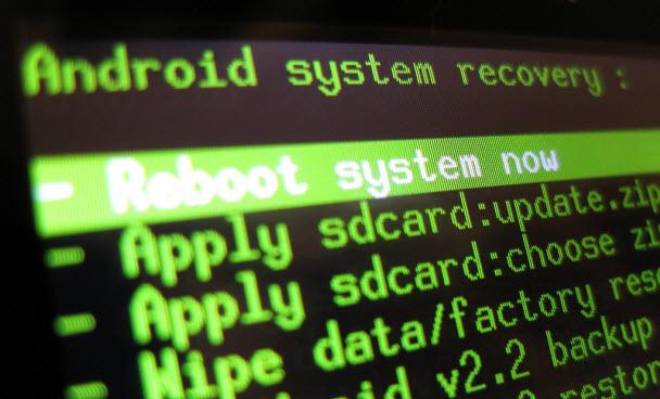 Cebizini root'lamanızı sağlayacak nedenler! - Android cebinizi root'lamalı mısınız; yoksa buna gerek yok mu? Aradığınız tüm cevaplar burada!