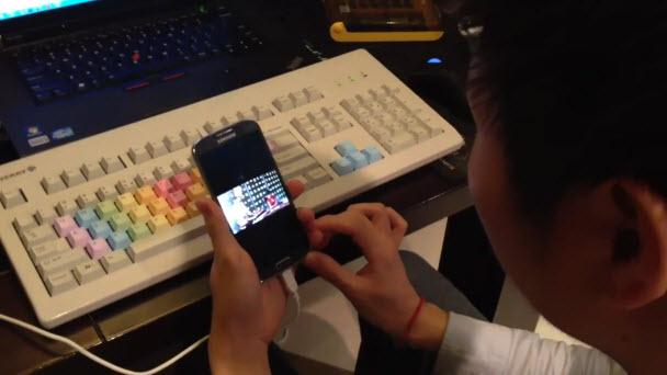 SmartPause ve Floating Touch'tan videolar! İzleyin