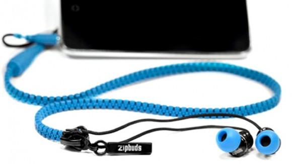 1. Dolanmış kulaklık kabloları