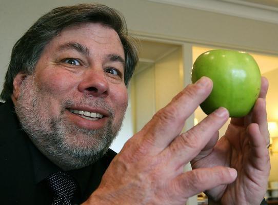 6. Steve Wozniak hala bir Apple çalışanı