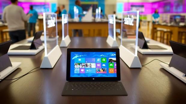 Microsoft Surface Mini ve Amazon Kindle Fire HDX 2