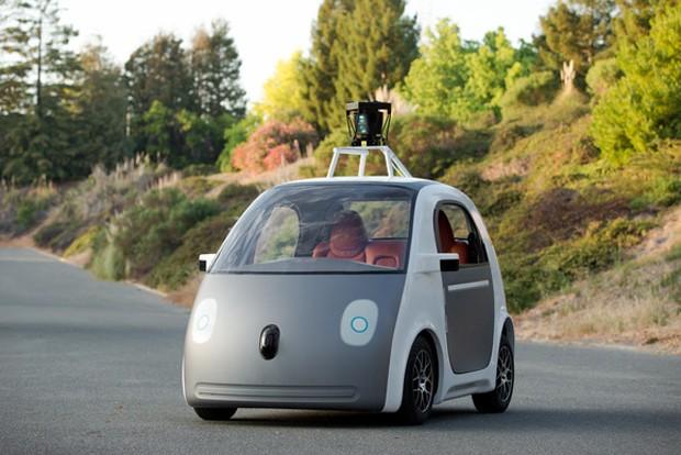 Google'ın sürücüsüz aracı şekil değiştirdi!