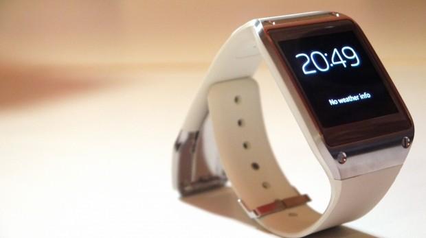 Samsung Galaxy Gear ve Sony Project Morpheus