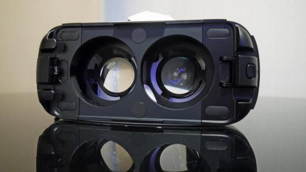 Gear VR'ı kafamıza geçirdik ve denedik!