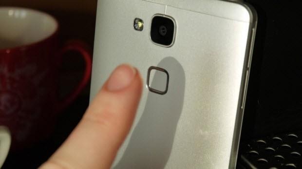 Huawei Ascend Mate 7 elimizdeydi!