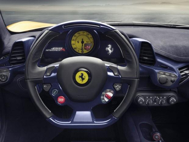 """Ferrari'nin """"en güçlü convertible'ı"""" geliyor!"""