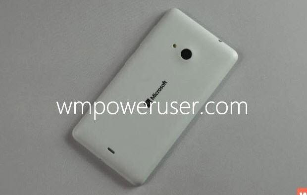 """Lumia 535'in """"her şeyi"""" sızdı!"""
