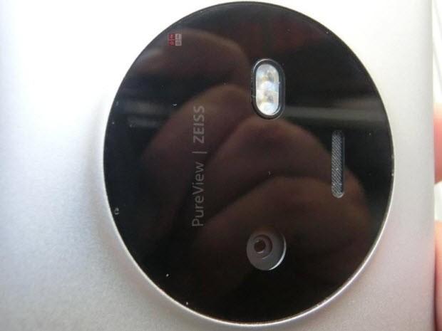 Lumia 1030'dan bol resimli sızıntı!