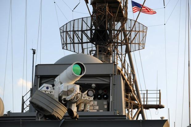 ABD Donanması bir lazer silahı kullanmaya başladı
