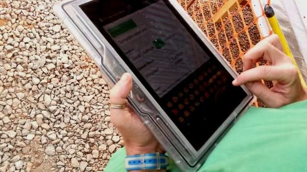 Ebola'yla savaşan doktorlar için özel tablet
