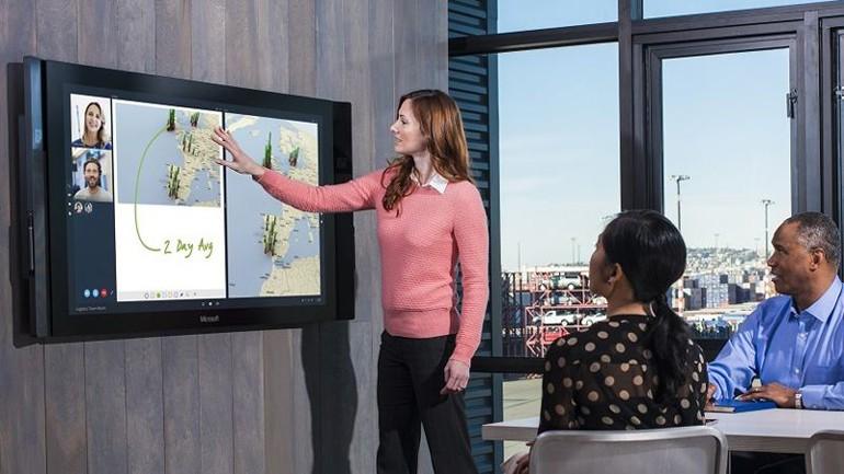 Microsoft Surface Hub sonunda ortaya çıktı