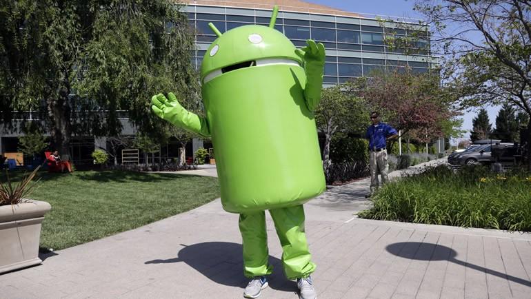 İnternet devi, Android'in peşinde!