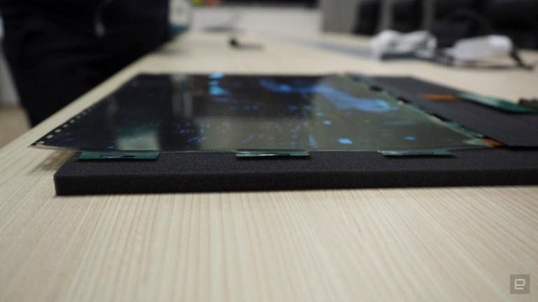 LG'nin büyüleyen kıvrılabilen OLED ekranı!