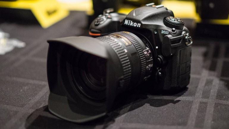 En iyi dijital kamera: Nikon D500
