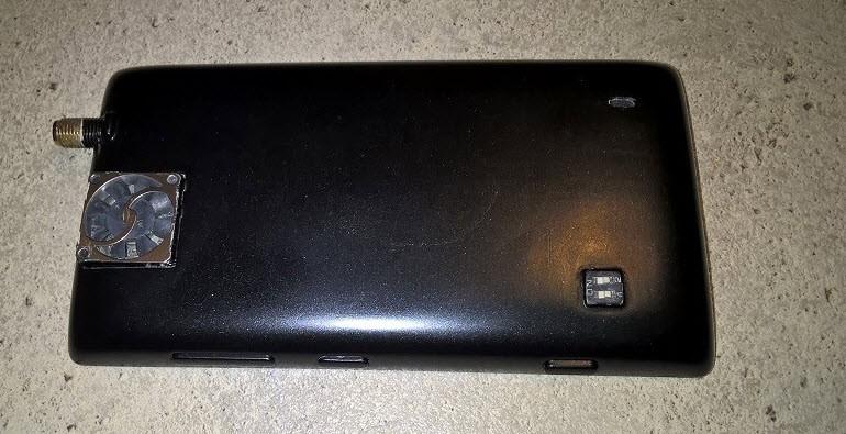 Lumia 520'ye anten ve fan taktı!