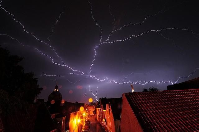 Elektrik dalgalanmaları, kesintileri...