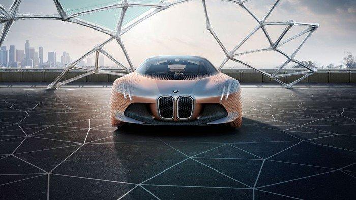 BMW 100. yıl bombası: Vision Next 100!