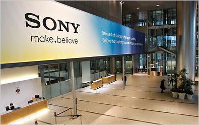 Sony iki 4,7 inç'lik Xperia için çalışıyor!