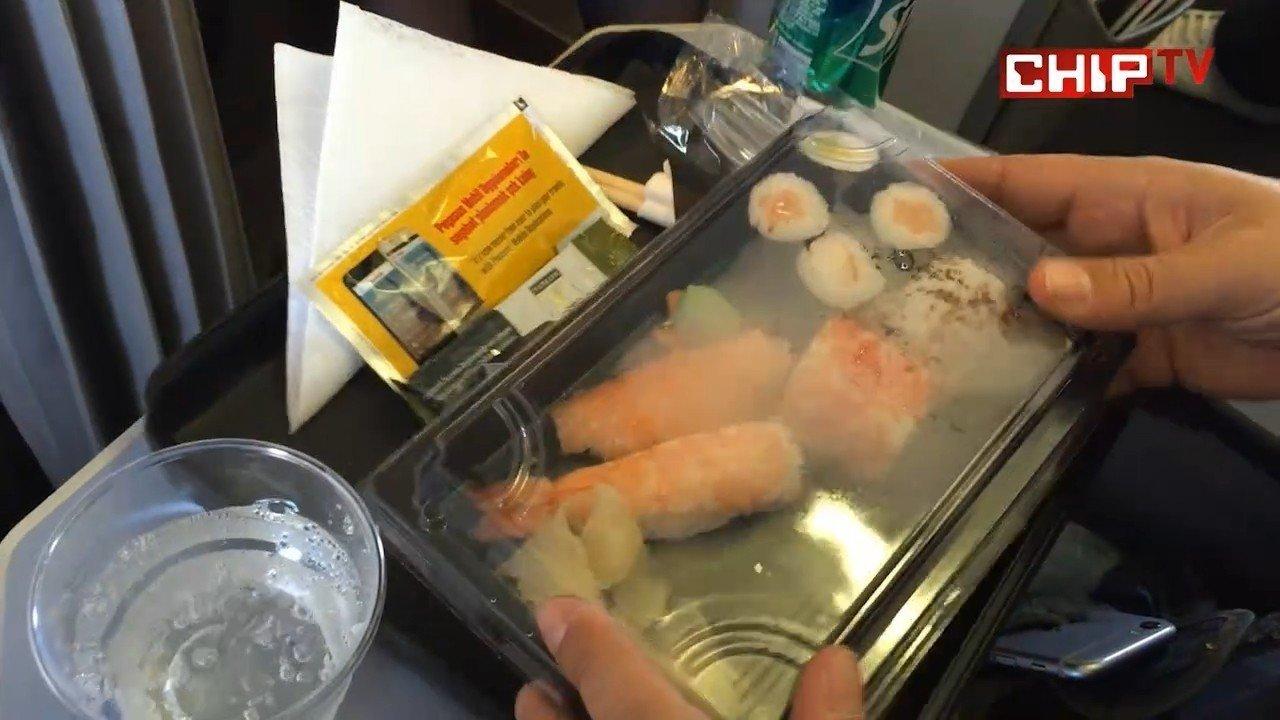 Uçuşta konfor için yiyecek seçimi